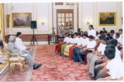 INTERACTION OF STUDENTS WITH PRESIDENT OF INDIA
